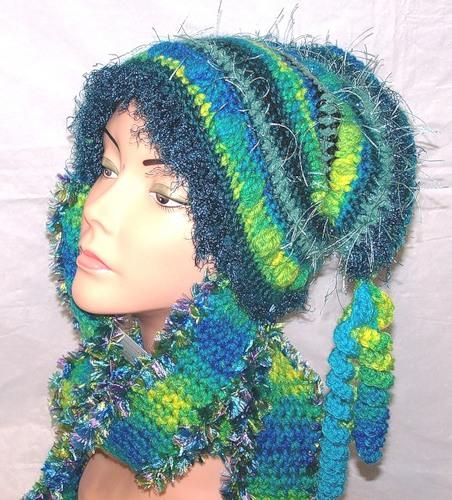 Идея необычной вязаной шапки