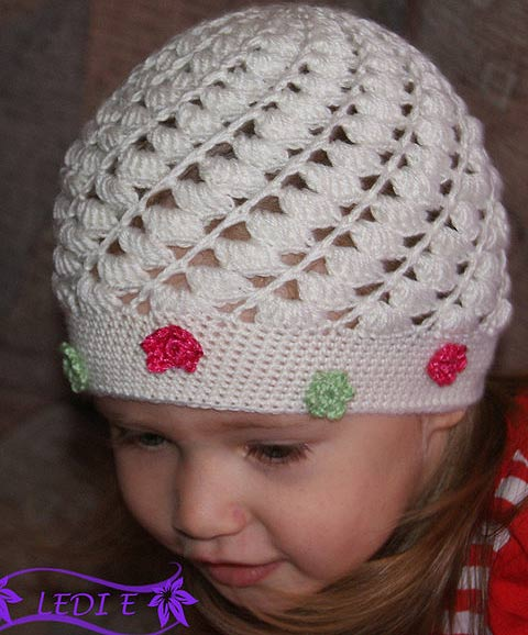 и схему вязания шапочки.