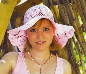 Летняя элегантная шляпа крючком
