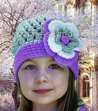 Эта шапочка для девочки с