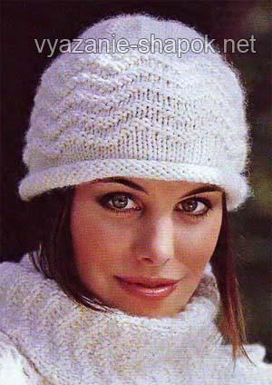 женская шапка спицами схема