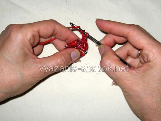 Вяжем самый простой берет крючком 4