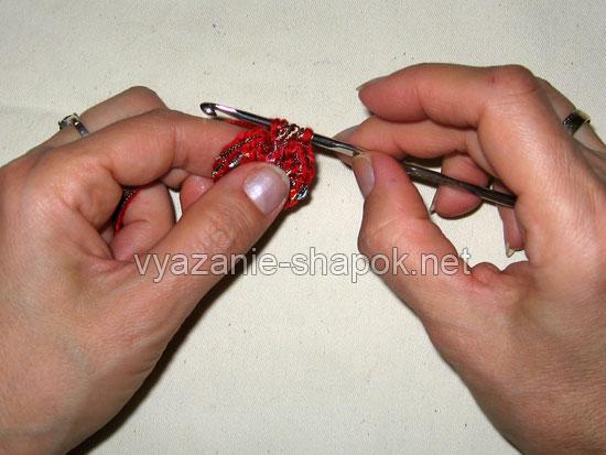 Вяжем самый простой берет крючком 5