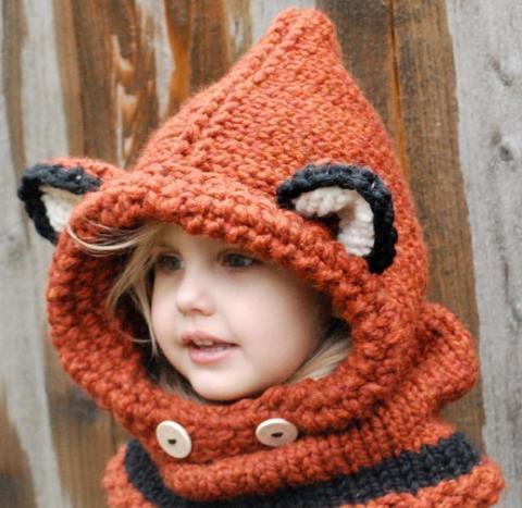Вязание спицами шапки с ушанками 210