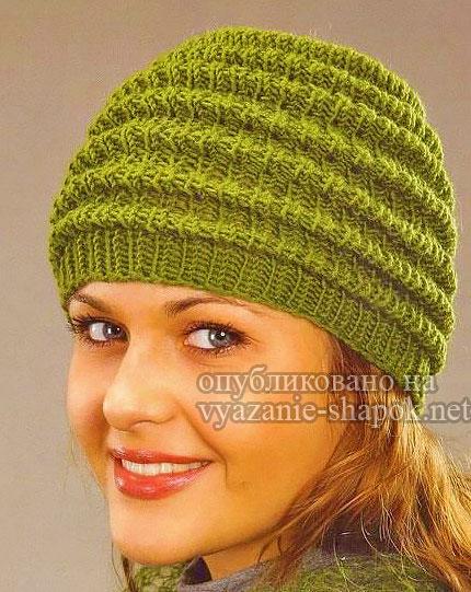 Оригинальная простая женская шапка спицами